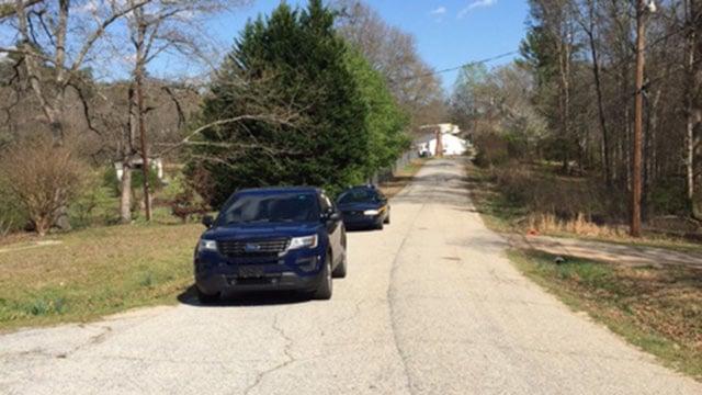 Search for manhunt suspect (Mar. 29, 2017/FOX Carolina)