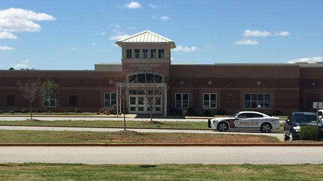 Edgewood Middle School (Mar. 31, 2017/FOX Carolina)