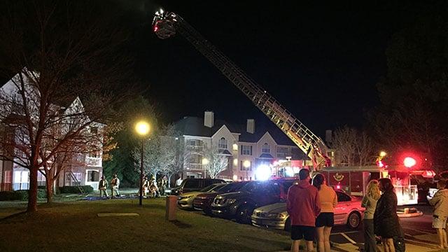 Scene of apartment fire off Pelham Road. (FOX Carolina/4/3/17)