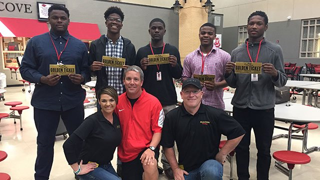 Winners of the golden tickets for a football camp with Deshaun Watson (Source: Apr. 4, 2017/FOX Carolina)