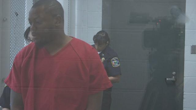 Shacorey Jeter appears in bond court. (4/8/17)