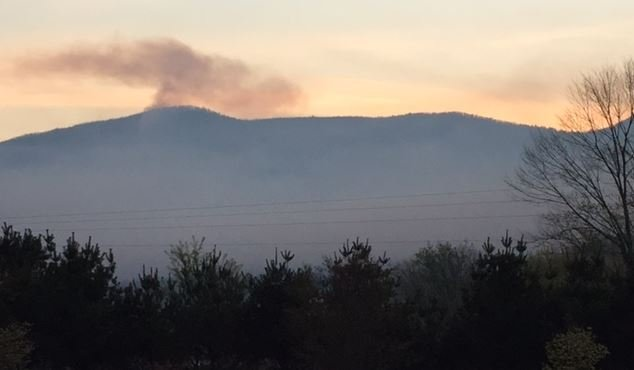 Dobson Knob Fire Spreads To More Than 500 Acres Threatens