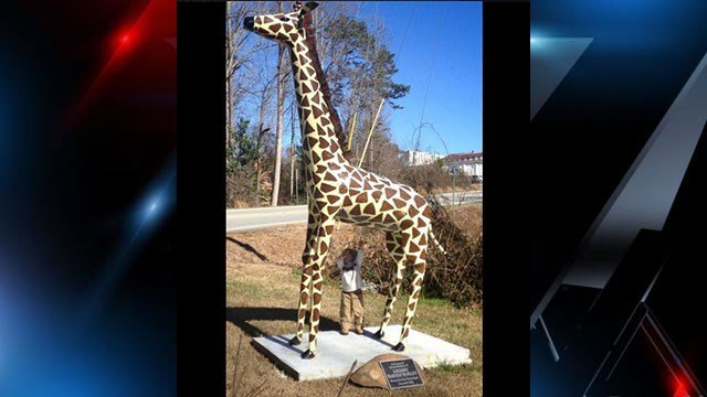 Deputies seek giraffe statue stolen out of Toccoa, G.A. (Source: Anderson County Sheriff's Office Facebook)
