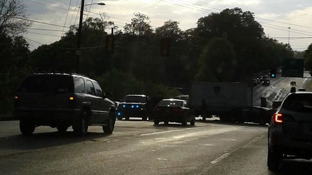 Scene of Greenville County crash (Source: iWitness)