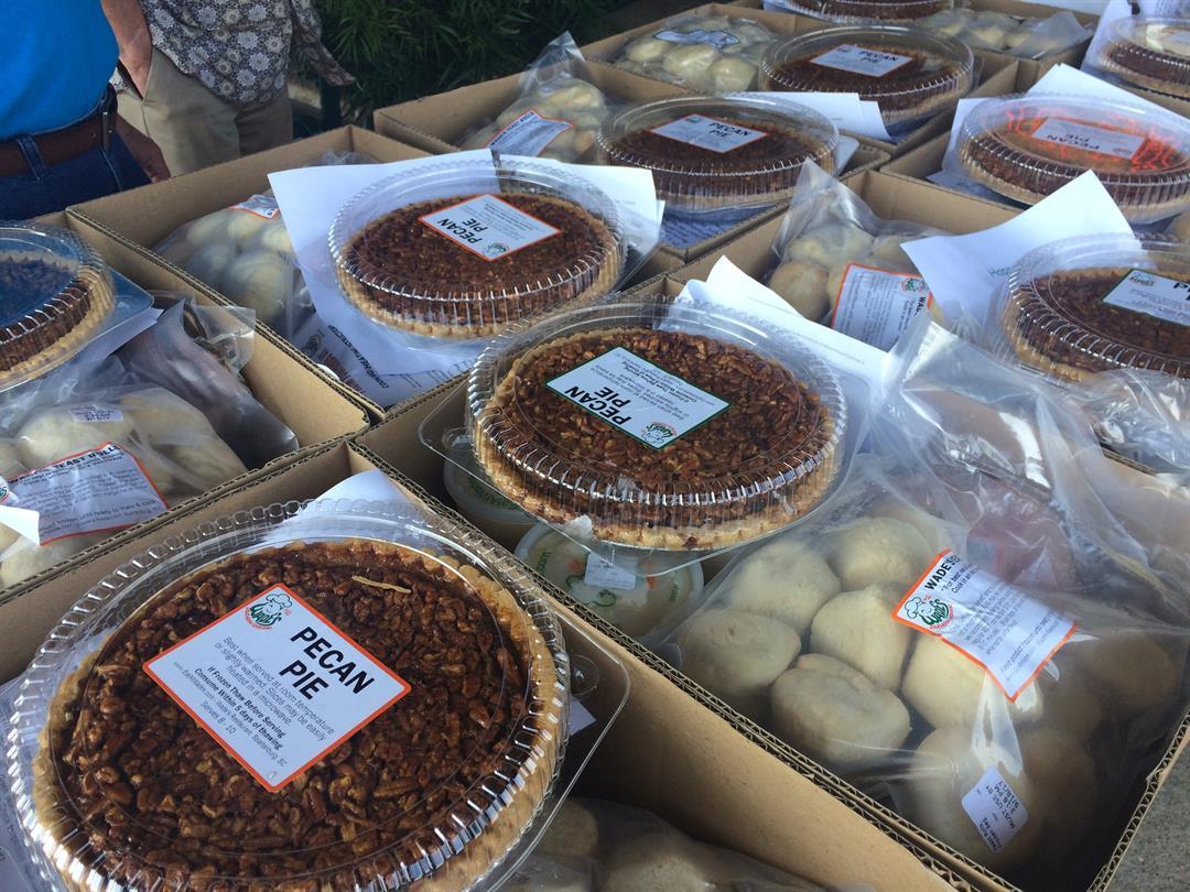 Volunteers deliver Easter meals to hospice patients in Spartanburg (FOX Carolina: 4/15/17).