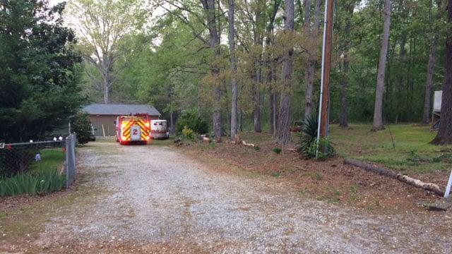 Scene of Greer brush fire (FOX Carolina/ 4/16/17)