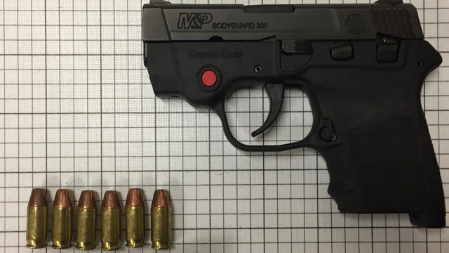 Photo of the gun and ammunition found (Source: TSA)