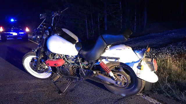 Motorcycle abandoned by suspect that fired a deputies during chase. (FOX Carolina/5/17/17)