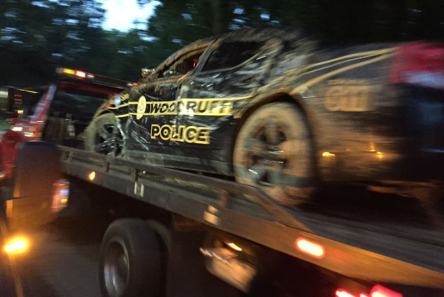 Woodruff police car towed from scene (FOX Carolina/  May 24, 2017)