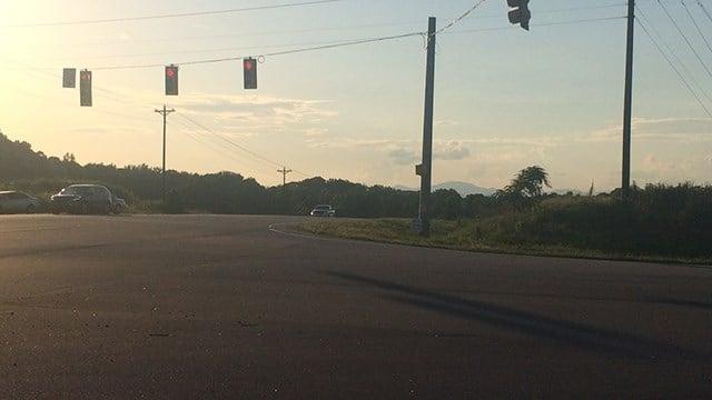 Scene of chase that ended in crash in Seneca. (FOX Carolina/ 5/31/17)