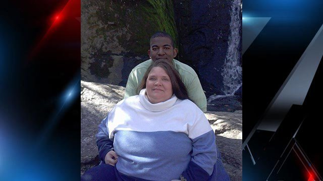 Photo of survivor of wreck, Demetrius (pictured on top) and his fiance' who died in the crash, Michelle (pictured below) (Source: Demetrius Williams)