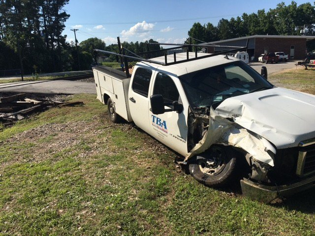 Scene of truck vs. train crash in Union (FOX Carolina/ 6/9/17)