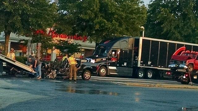 Scene of Anderson Co. crash (Source: iWitness)