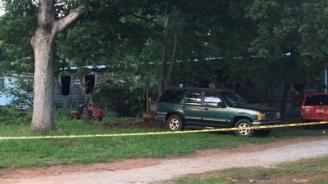 Scene of Chesnee house fire (FOX Carolina/ 6/10/17)