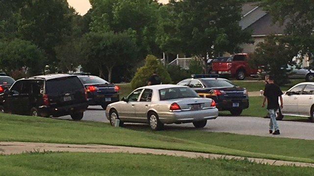 Scene of standoff at Fountain Inn home. (FOX Carolina/ 6/11/17)