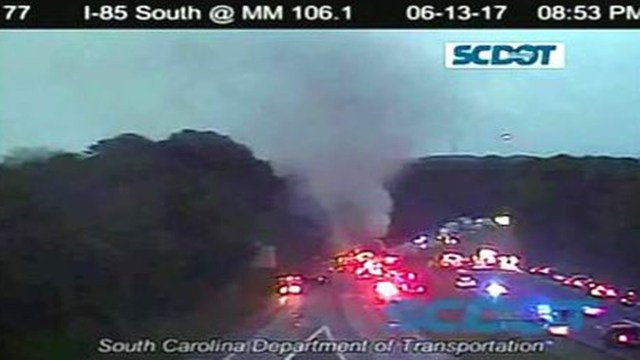 Scene of a vehicle fire that has closed parts of I-85 N in Cherokee Co. (Source: SCDOT)