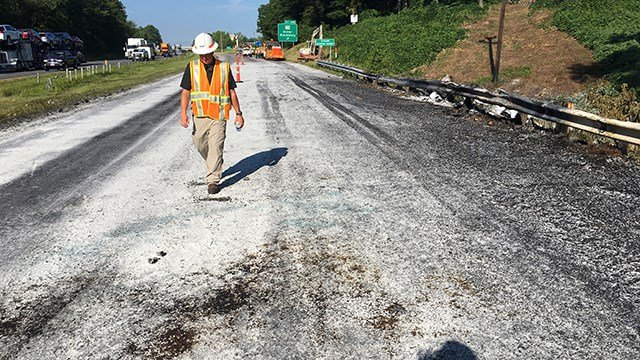 Repairs underway after crash on I-85 SB (Source: SCDOT)