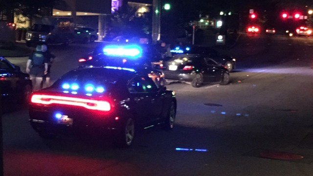 Chase ends in crash in downtown Greenville (FOX Carolina/ 6/17/17)