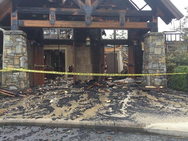 The damage at the Country Club (FOX Carolina/ June 20, 2017)