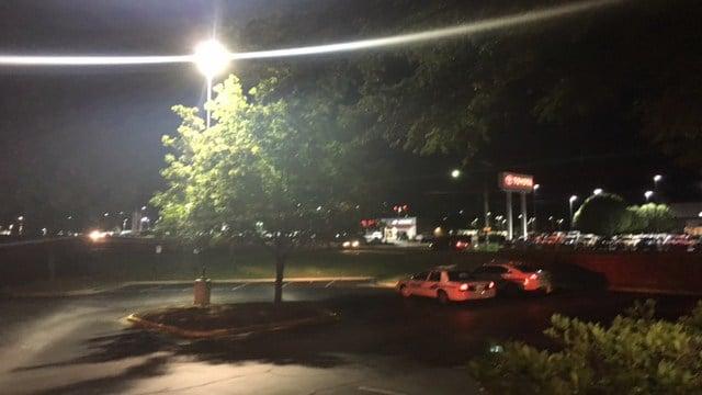 FD: Crews respond to gas leak, small fire at Greenville restaurant (FOX Carolina/ 6/25/17)