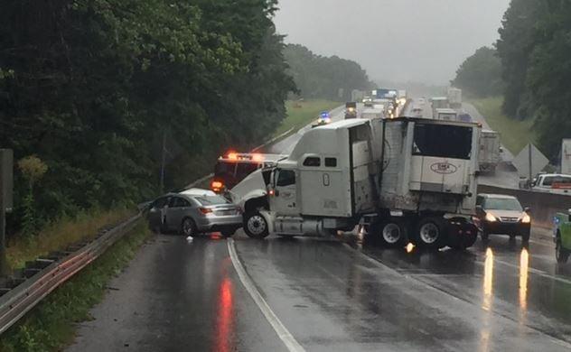 Photo of the crash site (FOX Carolina/ June 30, 2017)