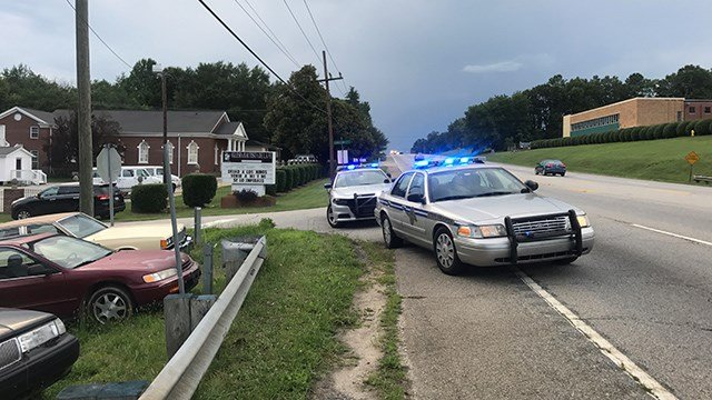 One dead after crash into creek along Poinsett Hwy. (FOX Carolina/ 7/1/17)