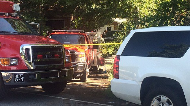 Scene of fatal house fire on Pope Field Road. (7/2/17 FOX Carolina)