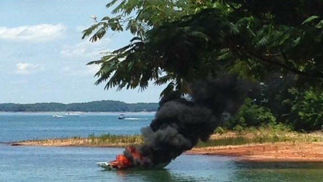Boat fire on Lake Hartwell (Source: Hart County Animal Rescue)