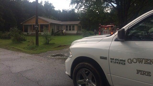 Scene of fire on Ferree Road. (7/4/17 FOX Carolina)