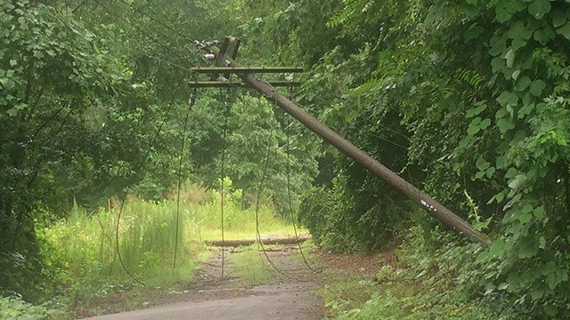 Downed power lines on Leisure Lane in Spartanburg. (7/4/17 FOX Carolina)
