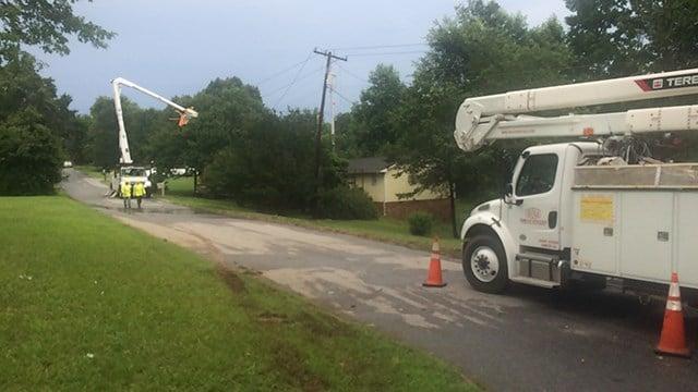Downed power lines on Leisure Lane in Spartanburg. (7/4/17 FOX Carolina)