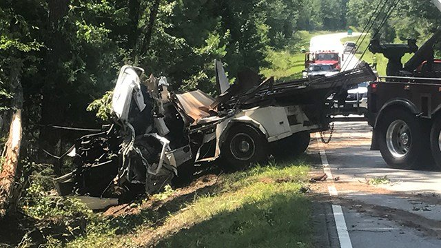 Scene of fatal collision on SC 105. (7/8/17 FOX Carolina)
