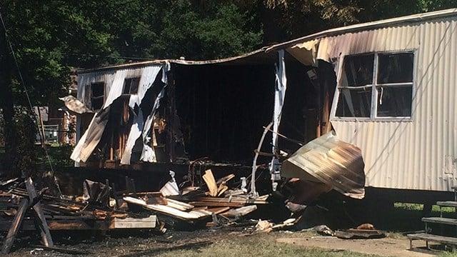 Fire at Beech Street Mobile Home Park. (7/9/17 FOX Carolina)