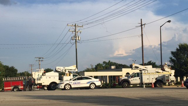 Scene of power outage on Wade Hampton Blvd. (7/10/17 FOX Carolina)