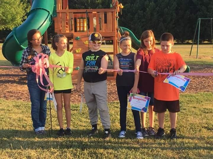 Starr Kids at ribbon-cutting ceremony for playground. (Source: Jessica Blanton)