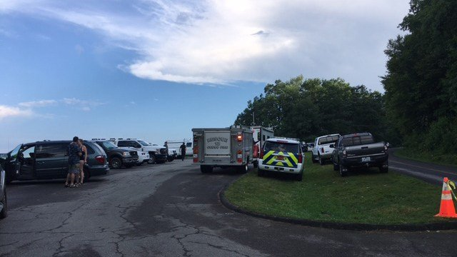 Crews set up staging areas for rescue of missing hiker (FOX Carolina/ 7/12/17)