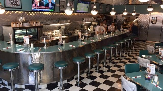 Inside Diner 24 (July 13, 2017/FOX Carolina)