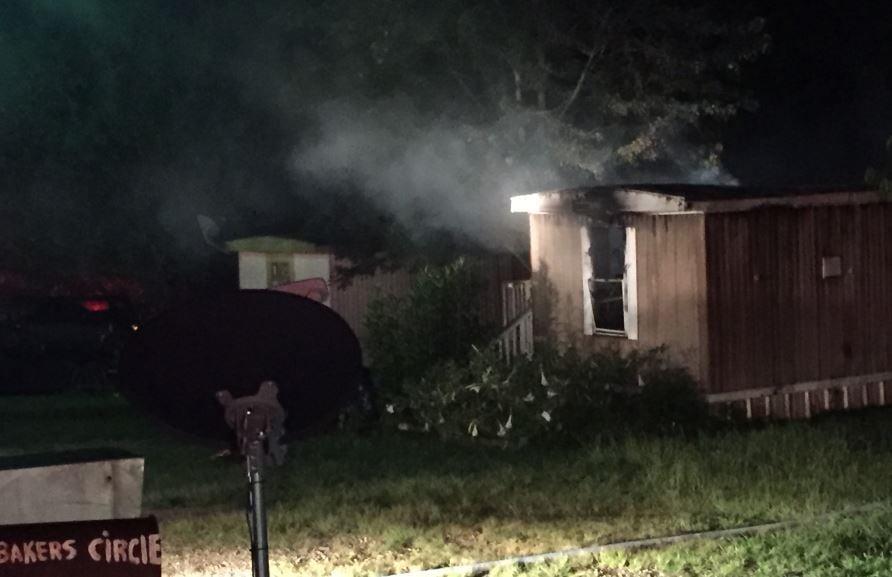 The burned mobile home (FOX Carolina/ July 17, 2017)