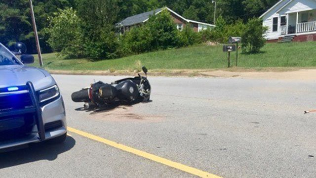 Scene of fatal motorcycle crash in Spartanburg Co. (Source:iWitness)
