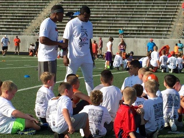 Deshaun Watson holds a youth football camp in Liberty (FOX Carolina/ July 22, 2017)