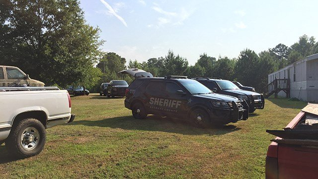 Deputies on scene of death investigation. (July 23, 2017/FOX Carolina)