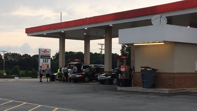 Crews clean up gas tanker spill in Easley (FOX Carolina/ 7/23/17)
