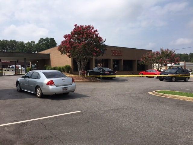 Bank robbery at BB&T on Wade Hampton (July 26, 2017/FOX Carolina)