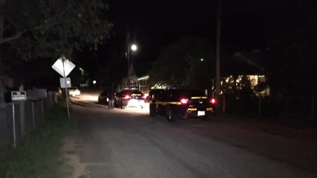 Deputies respond to shooting on Waco Street in Greenville (FOX Carolina/ 7/29/17)