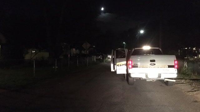 Deputies respond to shooting on Waco Street in Greenville (FOX Carolina/ 7/29/17)