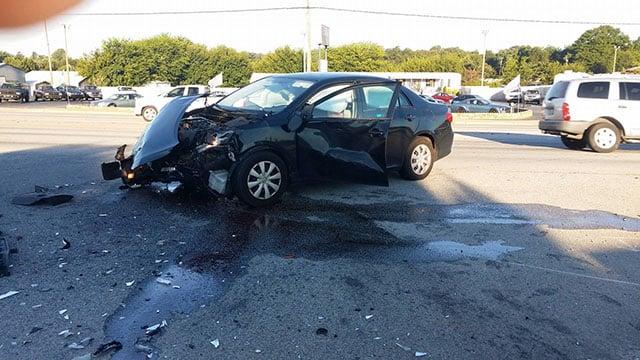 Crash on White Horse Road (Source: Amanda V.)