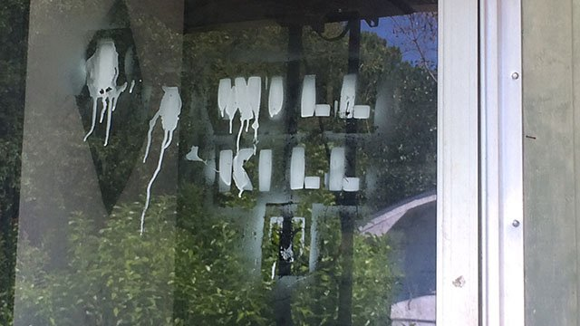 Threat spray-painted on missing man's door (July 31, 2017/FOX Carolina)
