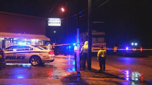 Authorities on scene of shooting at Biggerstaff grocery (Aug. 7, 2017/FOX Carolina)