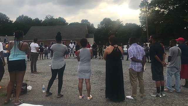 VIgil held in honor of 2 men killed in Spartanburg Co. grocery store shooting (FOX Carolina/ 8/10/17)