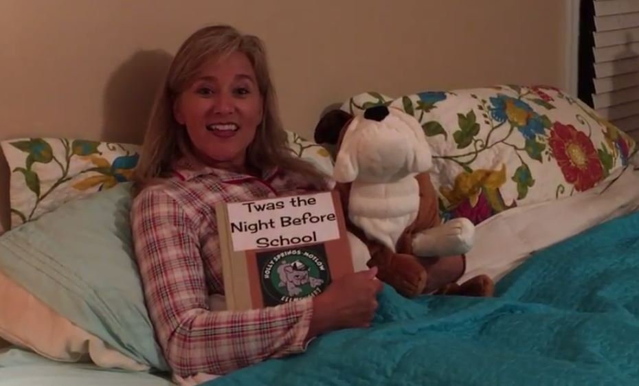 Principal Erika Center read a bedtime story to students before their first day back. (Source: Spg. Dist. 1)